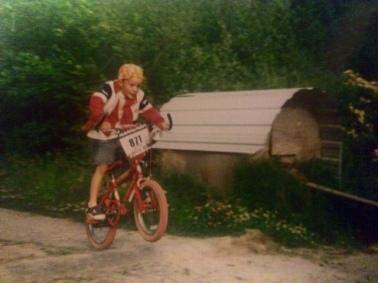 Joel BMX jumping